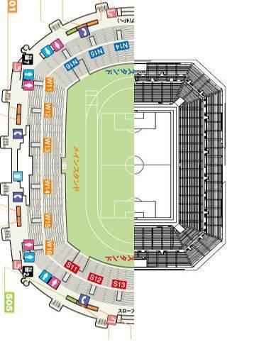 ガンバ大阪の新スタジアムと、日産スタジアムの比較画像がすごいことに。「日産の最前列よりガンバ新スタの最後列の方がピッチに近い 」 RT @ajikuta http://t.co/ub4fruUhI4