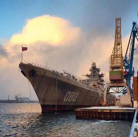 """الطراد الصاروخي الثقيل """"الأدميرال ناخيموف"""" يعود إلى الخدمة - صفحة 2 B5YtEUbCEAADQ_T"""