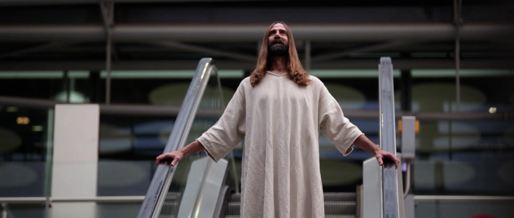 Mother signs biggest client ever -- Jesus Christ http://t.co/DALDKyleuz http://t.co/kClZ2kBank