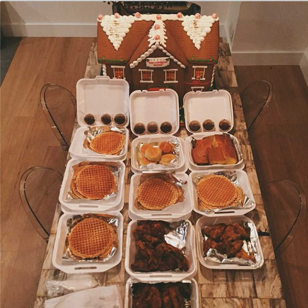 You won't believe which model just Instagrammed this festive feast... http://t.co/11JVXRTCye http://t.co/4wOrdSGs2I