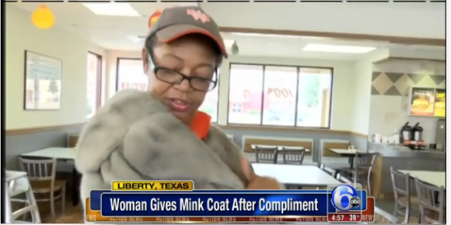 Guys, this woman just gave a Whataburger employee the best tip in the HISTORY OF TIPS: http://t.co/esZ9yP4des http://t.co/Z8GyXBrYtp
