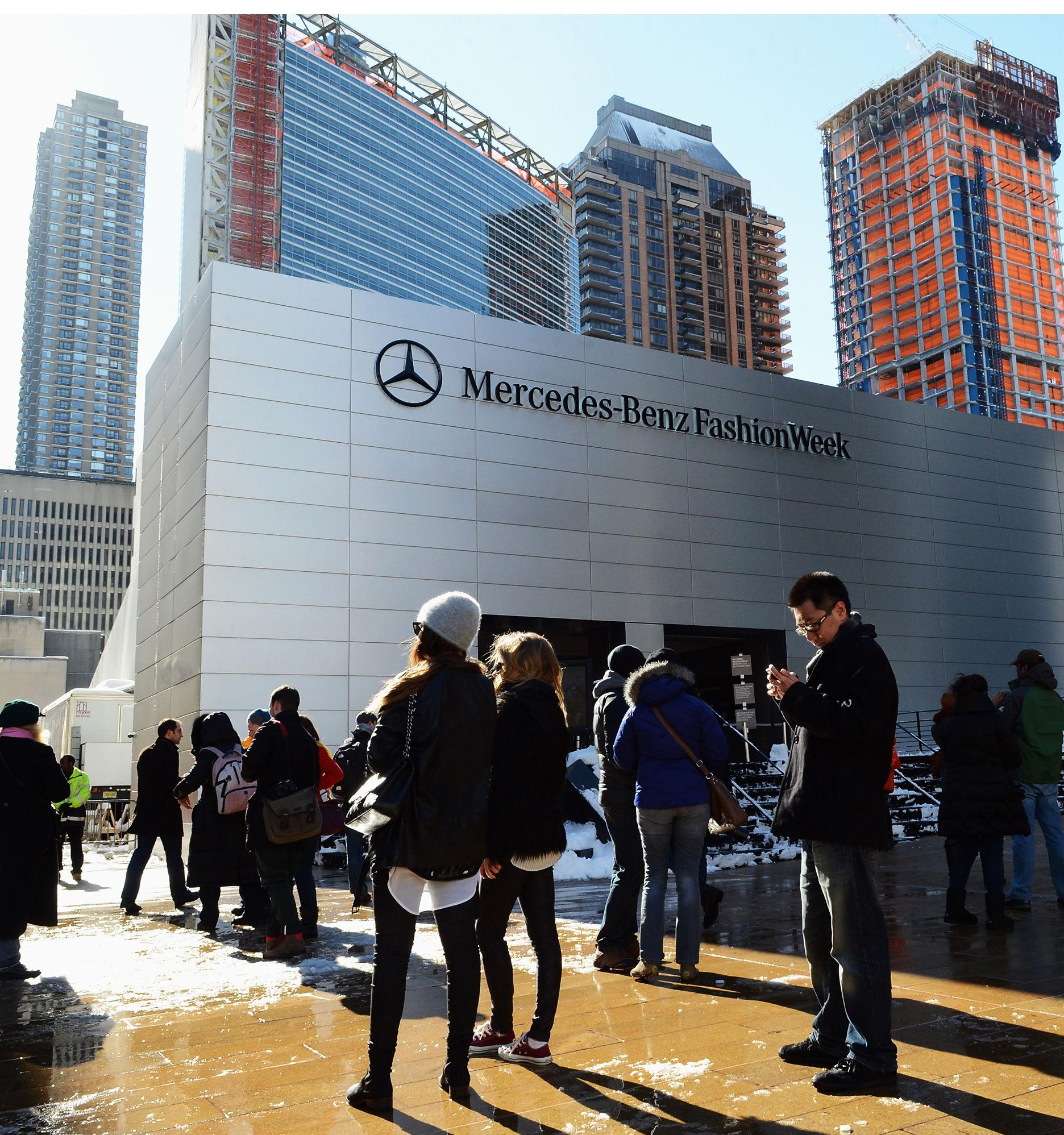 Breaking: New York Fashion Week will no longer be held at Lincoln Center http://t.co/6bT9Dz6oCx #NYFW http://t.co/aPVJ7CLKF9