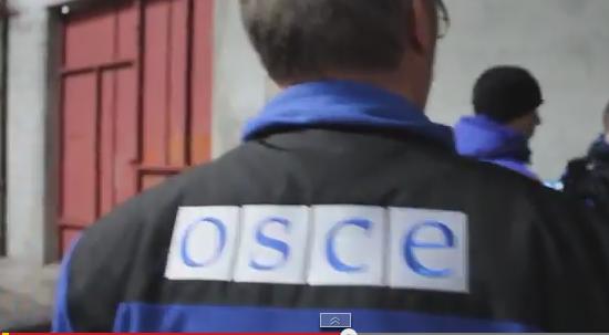 Раз террористы не принимают помощь от Украины, но пропускают помощь от Ахметова, то ситуация не критична, - Колесник - Цензор.НЕТ 5032