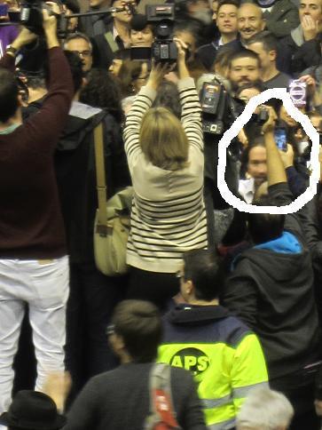 Pablo Iglesias antes de comenzar su primer mitin en Barcelona
