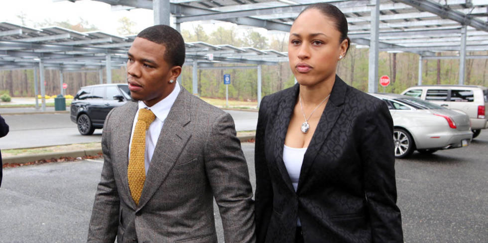 Woah. Newly released sercurity-camera footage shows aftermath of Ray Rice elevator assault :/ http://t.co/KJx3BXezGM http://t.co/Gs2unewnO9