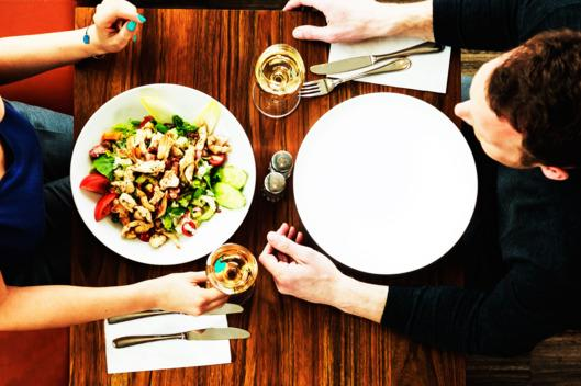 The women who dated men with eating disorders #CutArchive: http://t.co/RyLA4ycChj http://t.co/gzoUFuSaAq