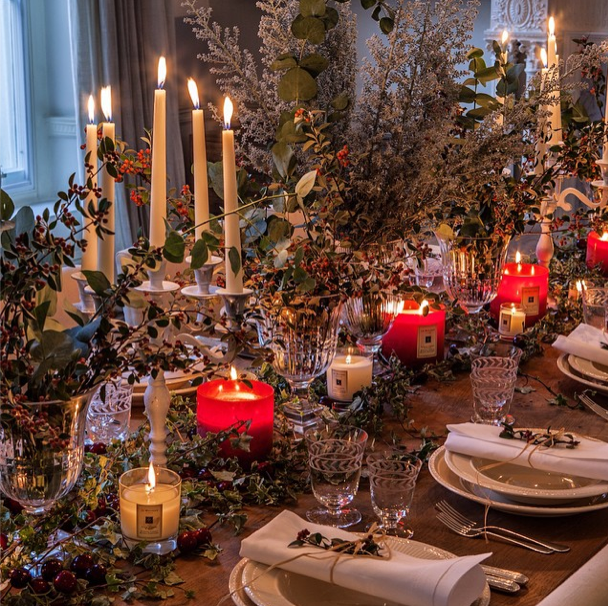How to have a very chic Christmas: http://t.co/8jkTeGOZiz http://t.co/ICx0c4oiHM