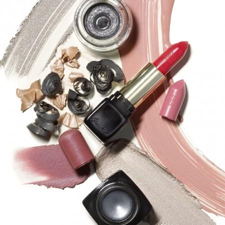 Want to #win nearly £2,500 worth of beauty products? Then step this way: http://t.co/RzqsnlCMoA  #comp http://t.co/Q0tJP4piaO