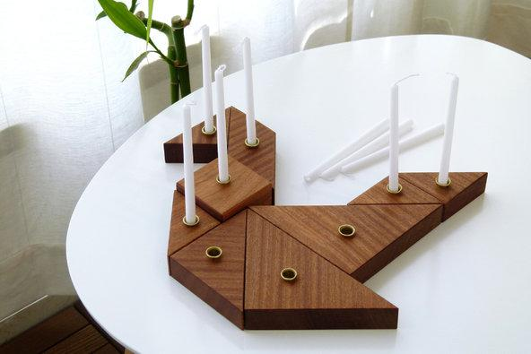 An ingenious menorah to delight grownups and youngsters alike http://t.co/j3QqBGrRVf http://t.co/GEvIegRWG9