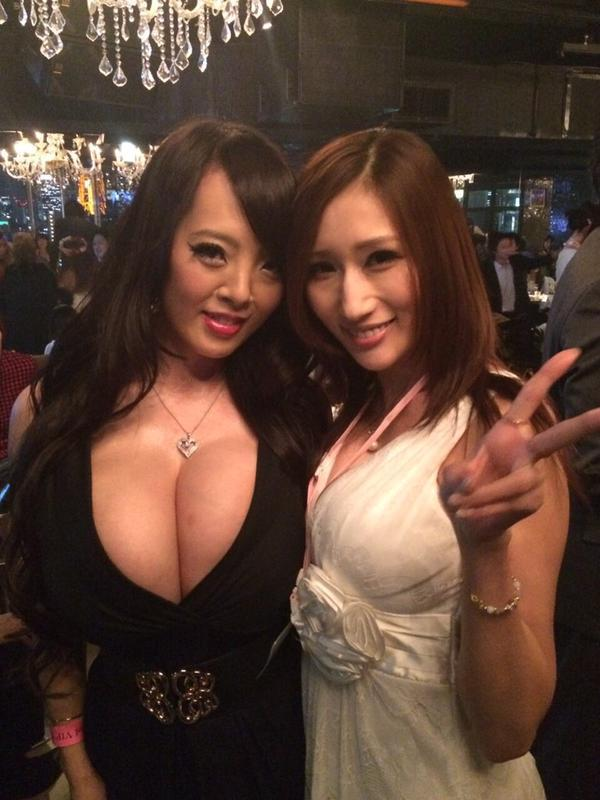 Asian Girls Would be Amazing if they had Boobs : Shitty Advice