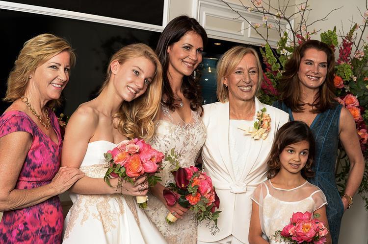 Nikos Michalopoulos On Twitter Andreamarysmith Chris Evert Was Maid Of Honour At Martina Navratilova S Wedding