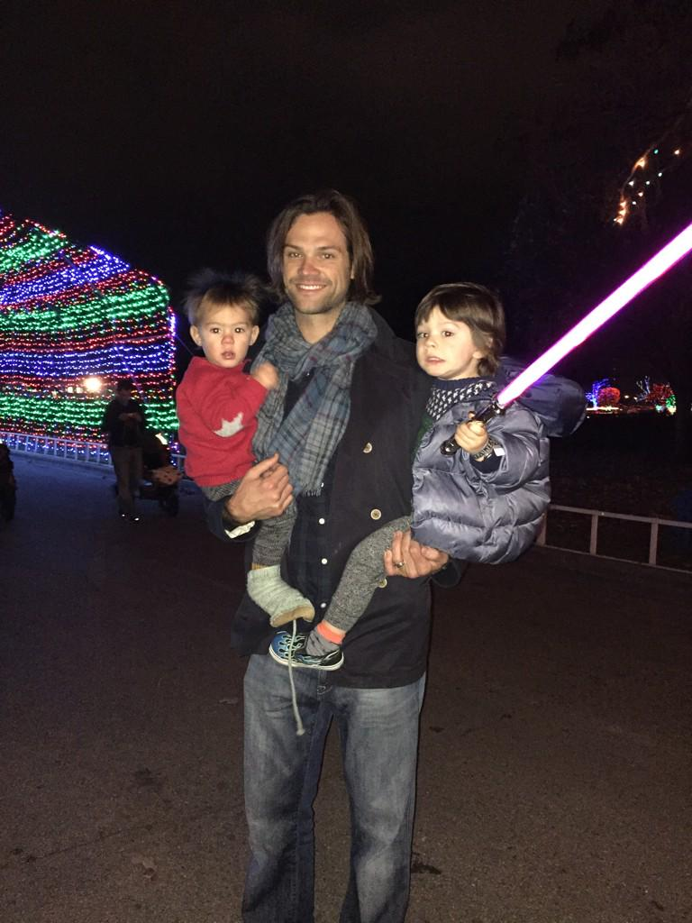 Jared et Gen #4  + Thomas et Shepherd B5biuYaCUAELdw6