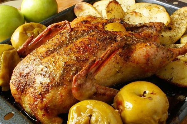 утка яблоками духовке фото рецепт