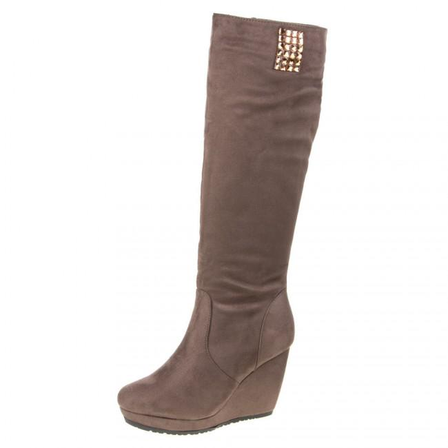68f8e76397c2a New collection of winter boots #boots #cizmy #fashion http://www.milujem- topanky.sk/damske-cizmy/ pic.twitter.com/Q15e9OedBh