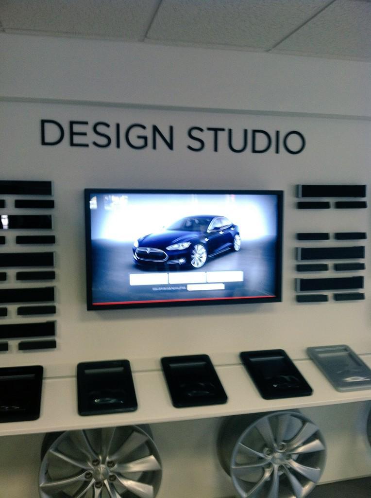 Thanks again @Mary_M_Johnson @Kat1sss here's the Design Studio in Mt KISCO, NY for @TeslaMotors http://t.co/2NZqHIwsIi