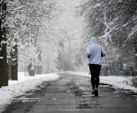 We know it's cold outside but don't let that stop you - see these tips for winter running http://t.co/xsORppnEyE http://t.co/4XPvxcMdFq