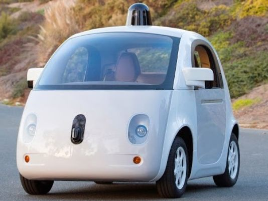 Google unveils new self-driving car prototype. This one has working headlights. http://t.co/RmNOoG7IOL http://t.co/oX7sbS5Dx3