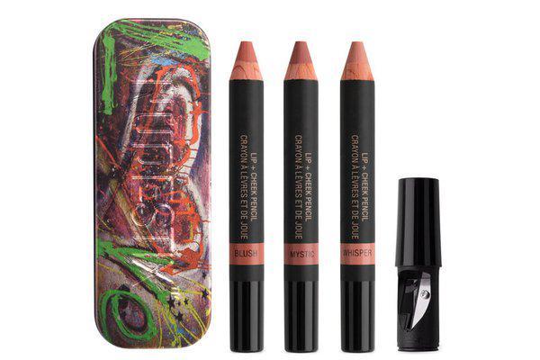 These nude pencils will make your lips look fuller: http://t.co/IrnQ745avq http://t.co/DjjG9Csxv6