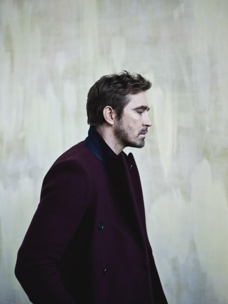 RT @leepace: Here is this. Happy holidays, btw...  @InterviewMag @TheHobbitMovie http://t.co/xnnBjkt3kN http://t.co/ItNJvl8vJz