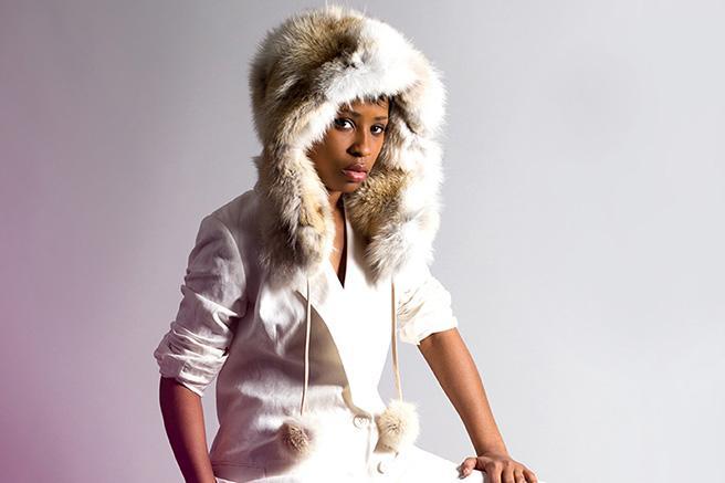 How to absolutely rock winter white looks: http://t.co/u8Os1peC9c http://t.co/Ik9UyJiror