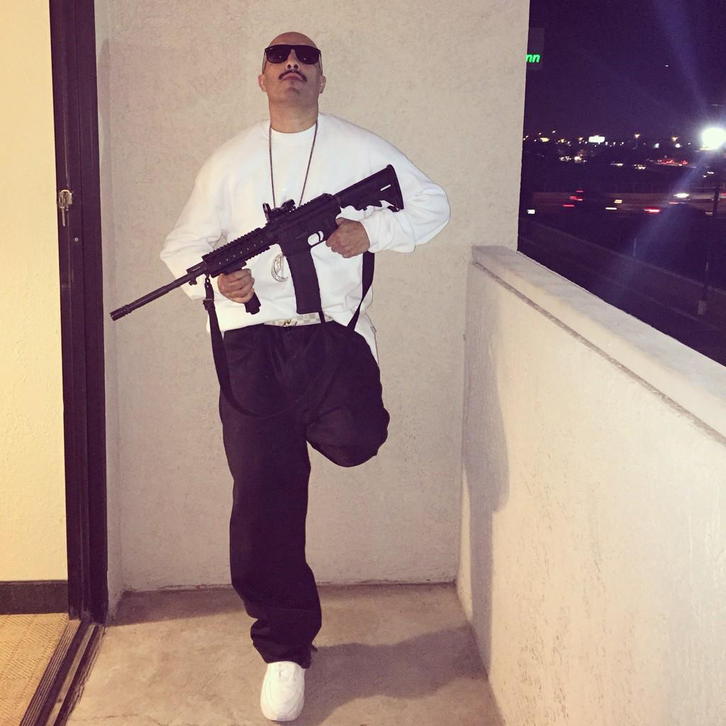 "Fontana rapper ""Blackie Fontana"" found shot to death in La Puente 10/21/2017 B5glpX0IgAEq8f6"