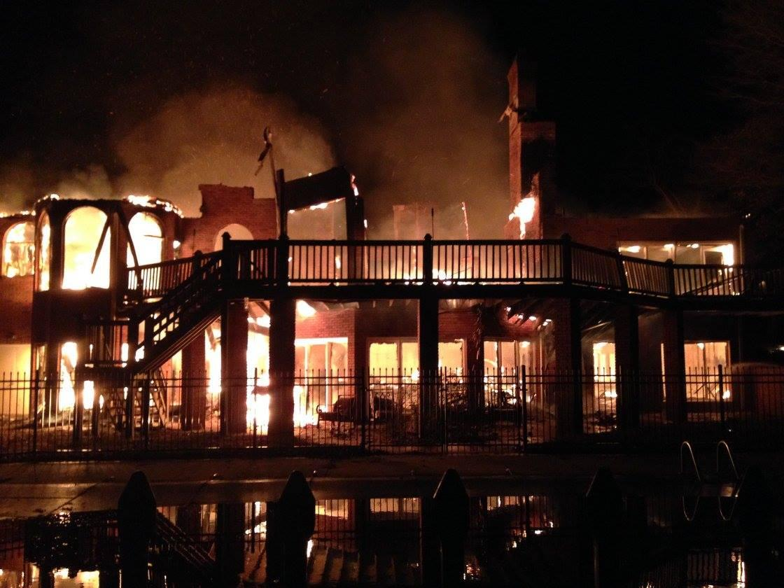 Rolando McClain's mansion burned down, and the photos are unbelievable