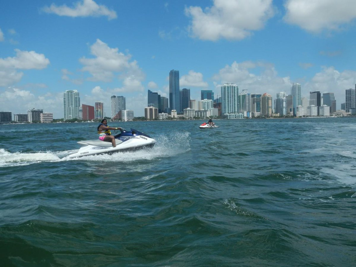 A guide to hidden gems in #Miami:  how to have fun in the sun this holiday! http://t.co/un2xlDUkGo @MiamiandBeaches http://t.co/5PhDmbG6fx