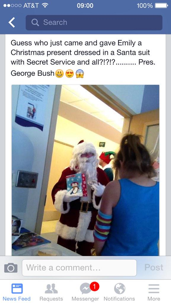 Fmr. Pres. George W. Bush delivered gifts as Santa to sick kids last wknd...and his Secret Service guy was an elf! http://t.co/9DbmkcFwUO