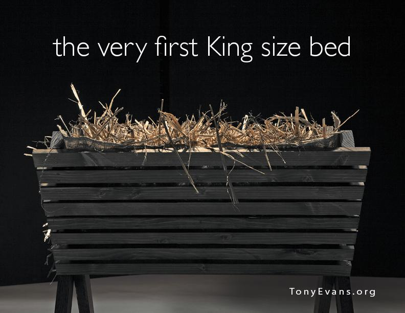 The very first King-size bed. http://t.co/wJ55cshUe5