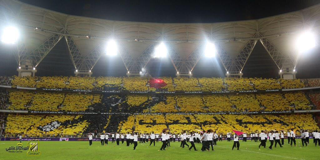 Another brilliant tifo from Saudi Arabia, from Al Ittihad fans ahead of their Crown Prince Cup clash vs Al Hilal. http://t.co/g5vH8iujiM
