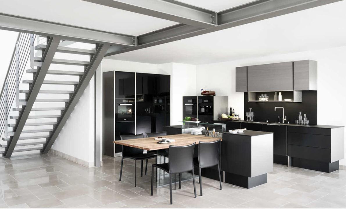 Porsche Design Keuken : Poggenpohl heeft in milaan de keuken p` design by porsche