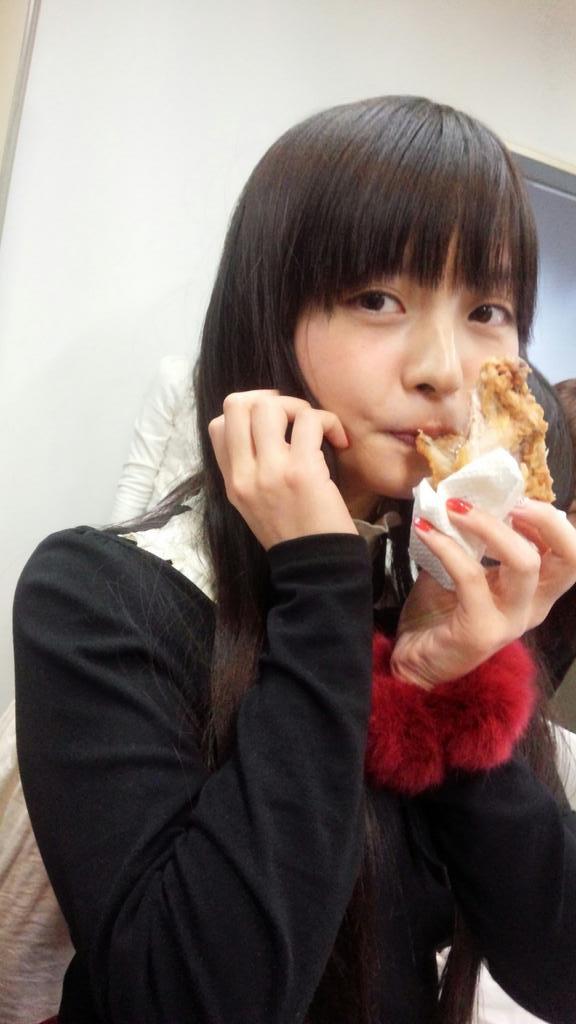 チキン食す第二弾は、すみぺ殿。 pic.twitter.com/IhfsqKU7Os