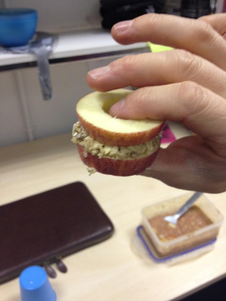 """Fitness & Nutrition on Twitter: """"apple sandwich with granola, peanut butter, and chocolate chips. http://t.co/hMVpdUtrPs"""""""