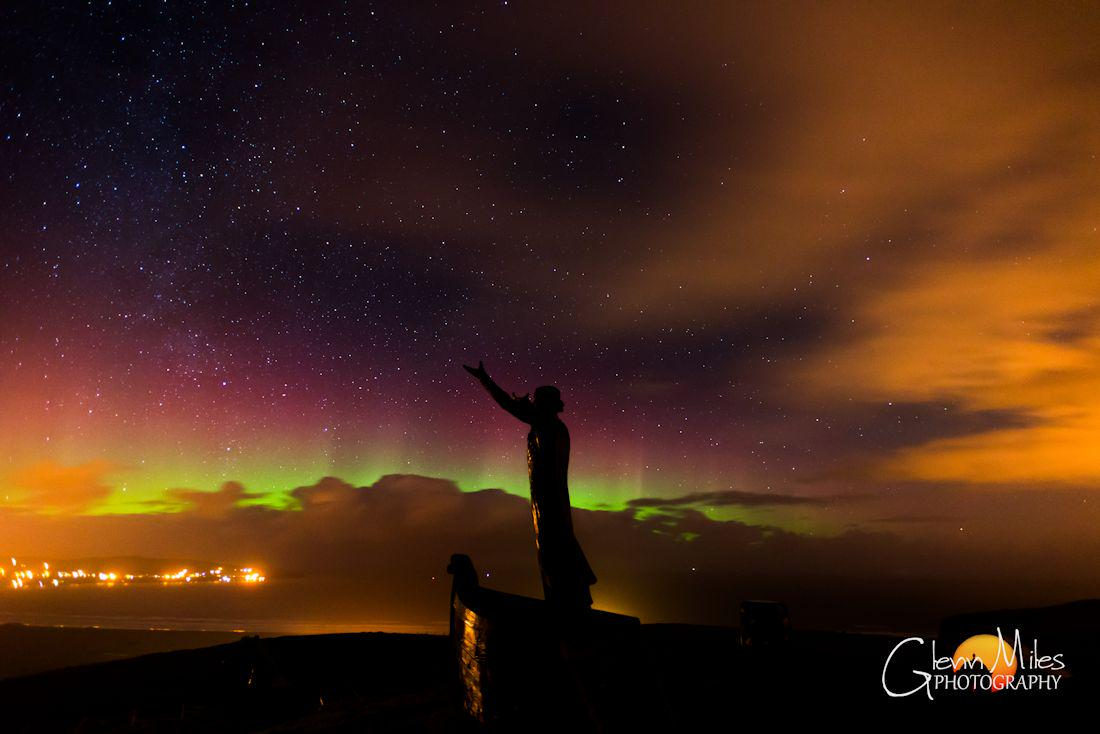 Mannan Mclir, mythical Celtic god of the sea with aurora last night. @newslineweather @aurorawatchuk @Aurora_ireland http://t.co/4T0u2M1zbk