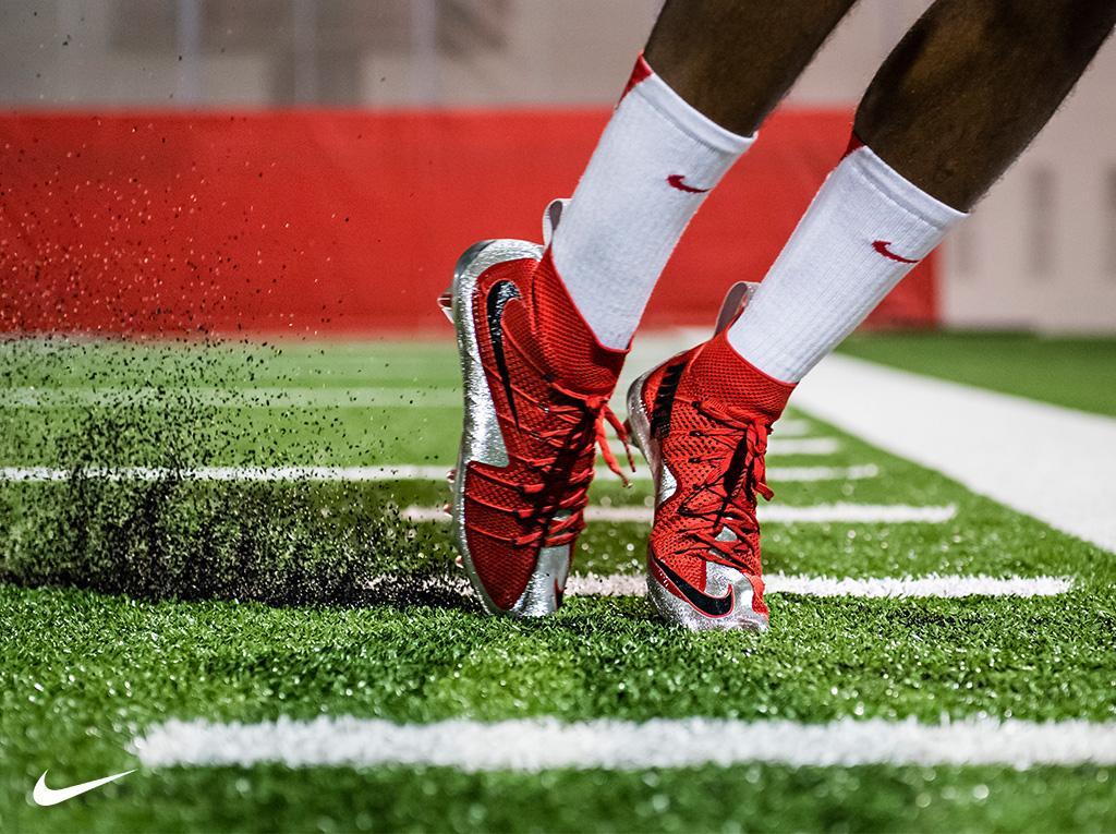 buy popular ac83b 65a89 Nike Football on Twitter: