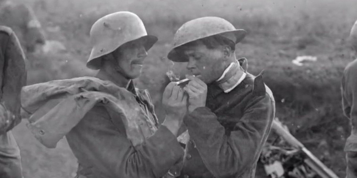 huffpost on twitter remembering the wwi christmas truce 100 years later httptcouyg4lvnffj httptcopjrlixm6cg - Wwi Christmas Truce