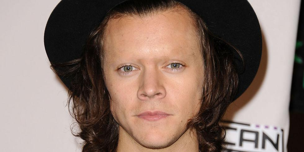 One direction no eyebrows or teeth