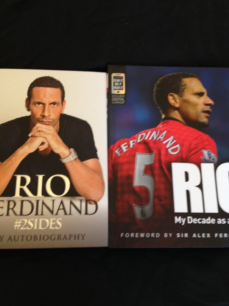 """@dylanmufc3: Got this for Christmas #2SIDES @rioferdy5 http://t.co/CBiDPSs91N"" > well played!"