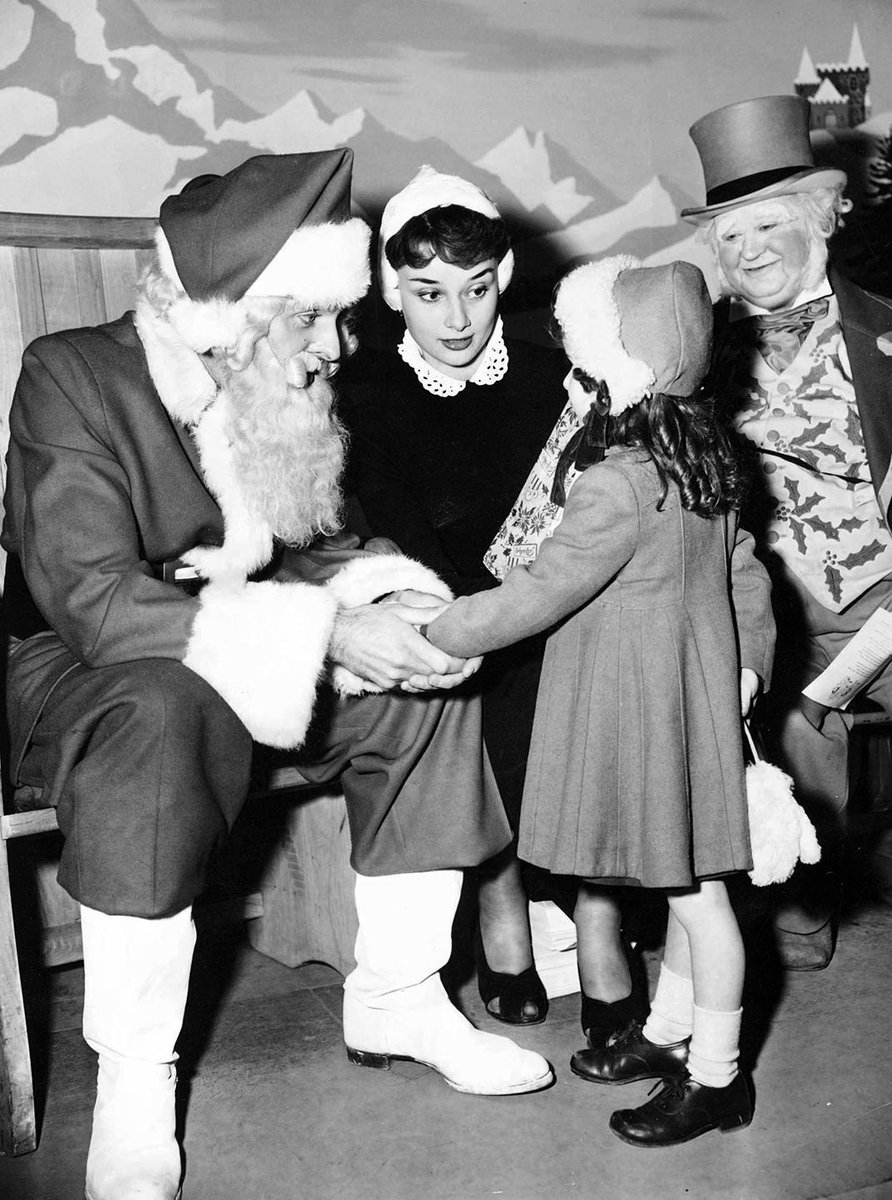 Chelsea Handler >> Merry christmas! celebrate with audrey hepburn, marilyn ...