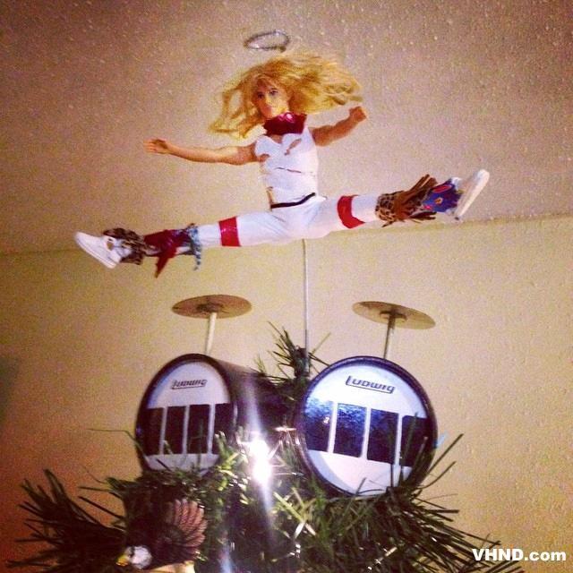 vanhalennews best christmas tree topper ever vanhalen pictwittercomgucuqcpyk5 mjf9591 kennethsweiss dishesbakeree thetrautinator - Best Christmas Tree Toppers