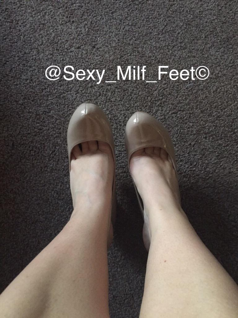 sexy milf footjob
