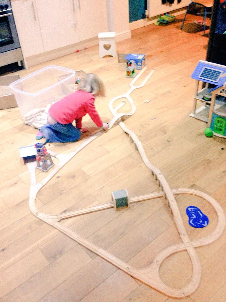 Loved your #girlslovetrains. Here's ours. I may have helped with the build 😀@real_meaning @bikesandbabies @ManVsPink http://t.co/luHSnVFObU