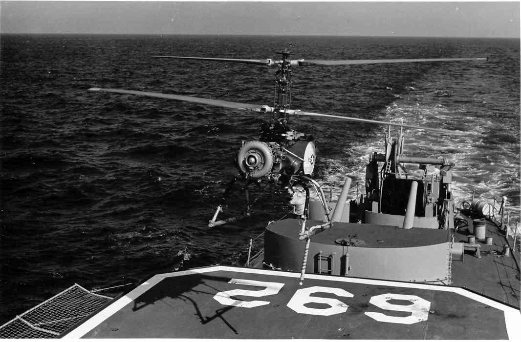 QH-50 DASH 無人対潜ヘリなんて60年代ですでに実現してるんだよなぁ。まあ魚雷を敵潜水艦の真上まで運ぶだけの輸送機的な兵器ではある。でもいくら遠くまで魚雷運べても見つけられてなきゃ意味ないよな?というわけで有人対潜ヘリへ