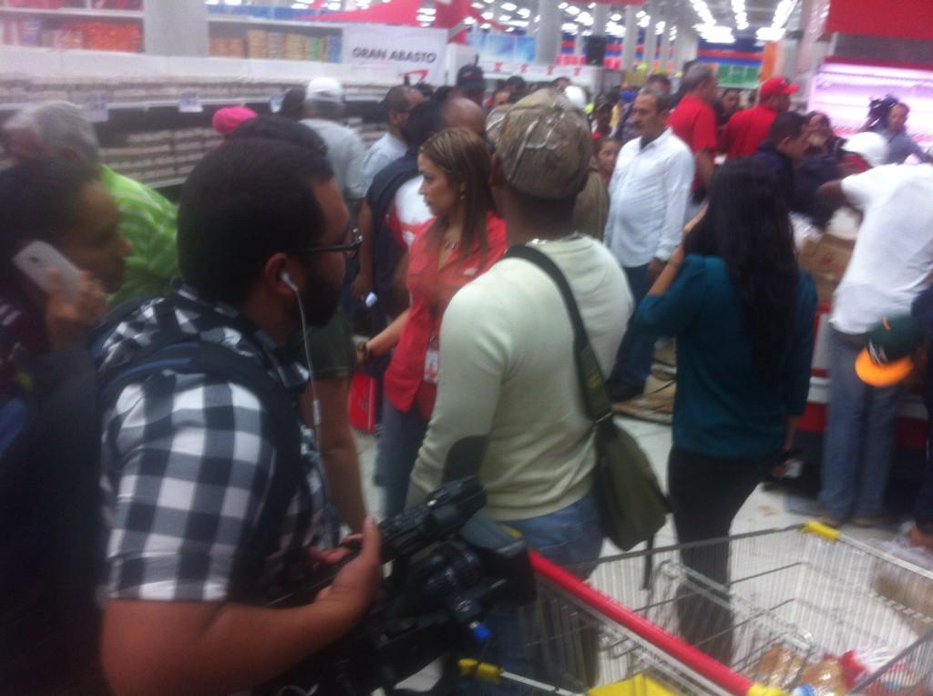 Venezuela,¿crisis económica? - Página 6 B61ml1cIAAEgX_h