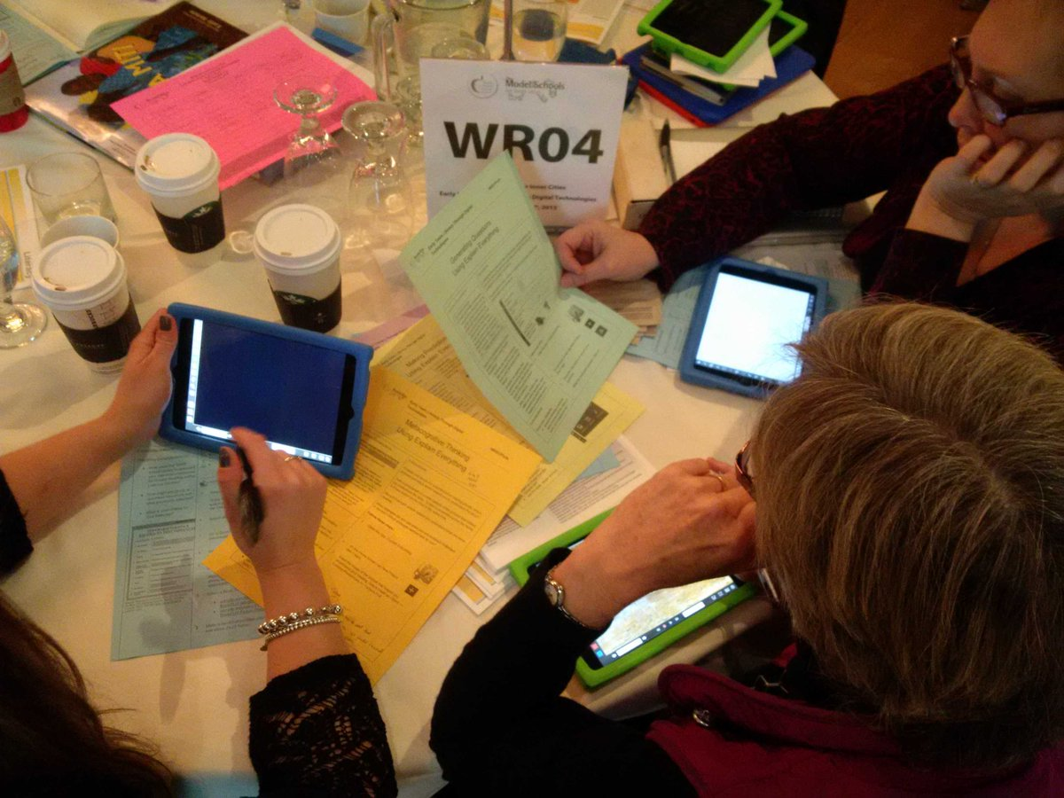 Our amazing Gr.1 team exploring and learning with the app Explain Everything #MSICipads http://t.co/9J5A3tTXNL