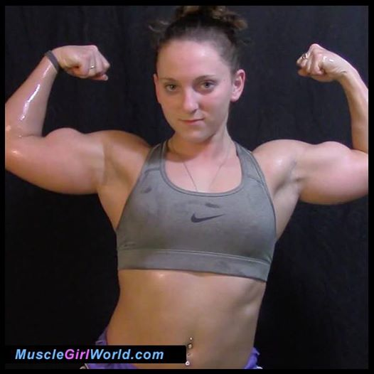 pictures-of-girls-biceps