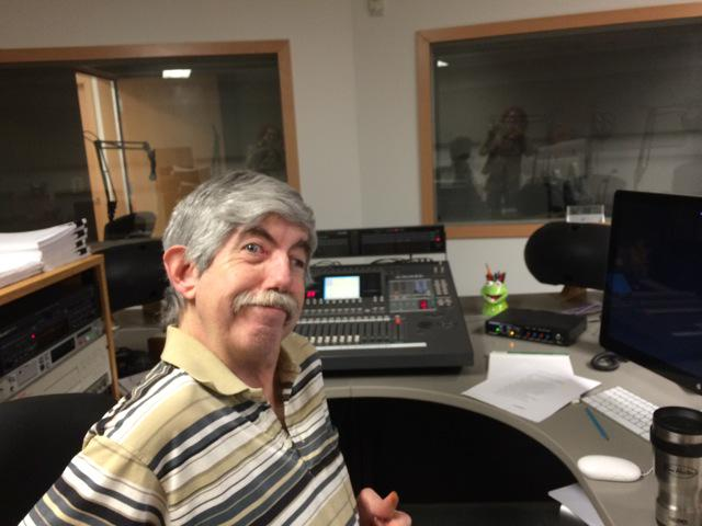 Paying tribute to Ottawa #radioguy Mark Valcour. Join us at 3:15 for memories from @mmmcgu & @KjrrRyan http://t.co/9v7oiA8fTC
