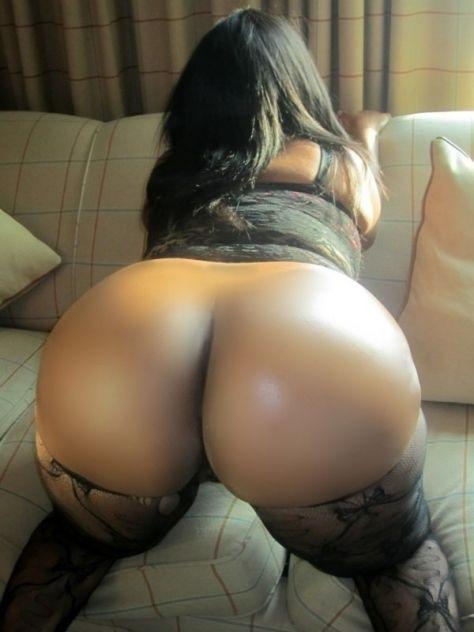 Big Tits Round Assea 14