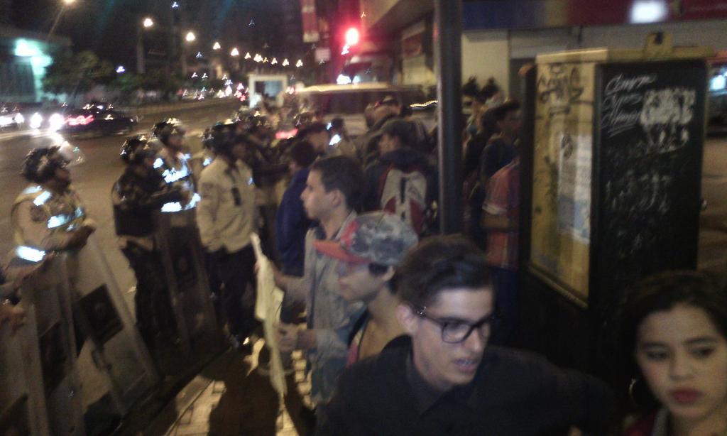 Protestas Enero 2015 - Página 2 B63Uk7tIEAAU4ny