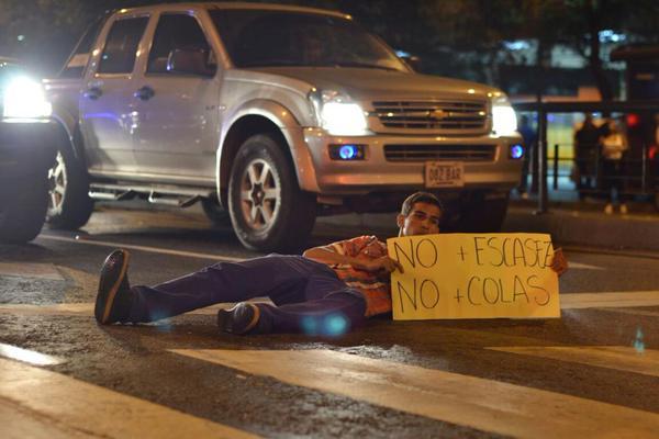 Protestas Enero 2015 - Página 2 B63yRsrIcAEySqy